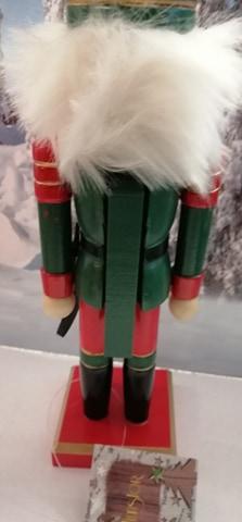 soldat en bois vert dos